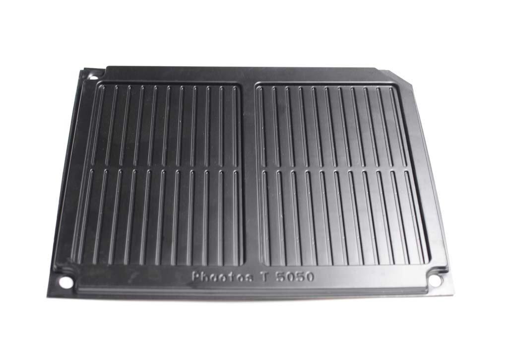 custom-plastic-industrial-trays